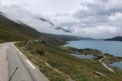 Immer am See entlang bis zur Abfahrt nach Susa
